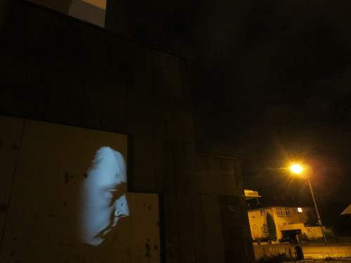 Tony Oursler Head Knocking 2000. Audio/video projection. Courtesy of the artist, Jensen Sydney and Fox/Jensen Auckland.