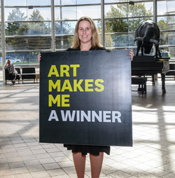 Art Makes Me... A Winner!