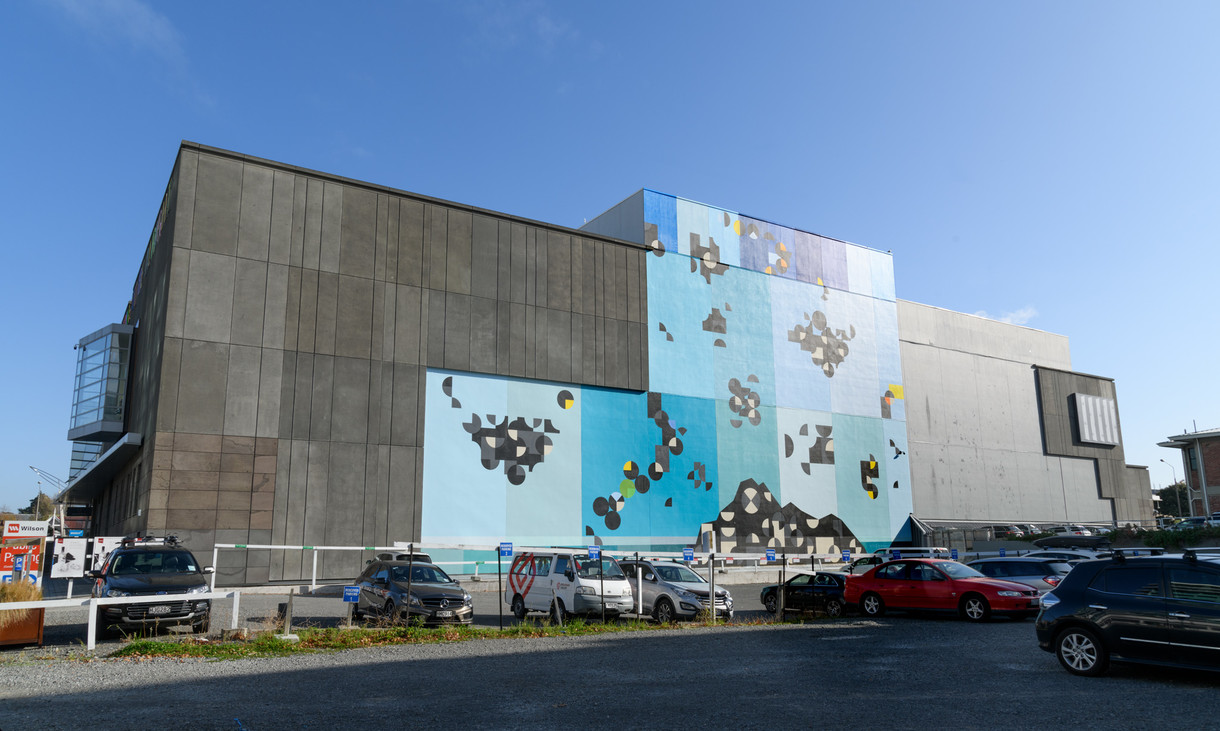 Massive wall painting marks opening of Te Wheke at Christchurch Art Gallery