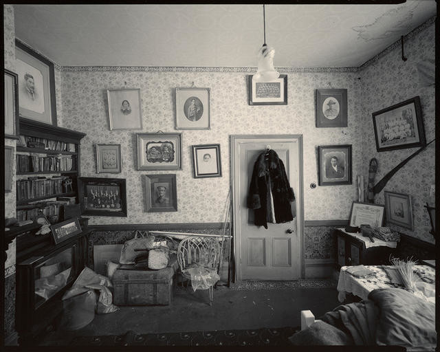 Interior #3, Awhitu House, Taumutu, Canterbury, 18 March 1983