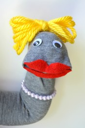 Drop On In: Sock Puppets