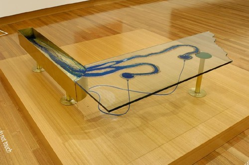 Andrew Drummond 90° Device, Beating 1995. Mixed media. Collection of Christchurch Art Gallery Te Puna o Waiwhetū, commissioned by the Robert McDougall Art Gallery 1995. Reproduced with permission