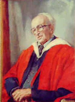 Portrait of Professor Emeritus Dr Vernon Griffiths