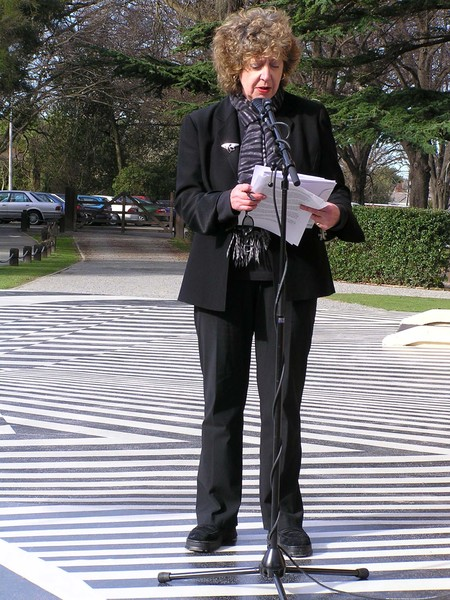 Speaking at ECHO exhibition opening as part of SCAPE Public Art Biennial at Riccarton House and Bush Putaringamotu in 2004