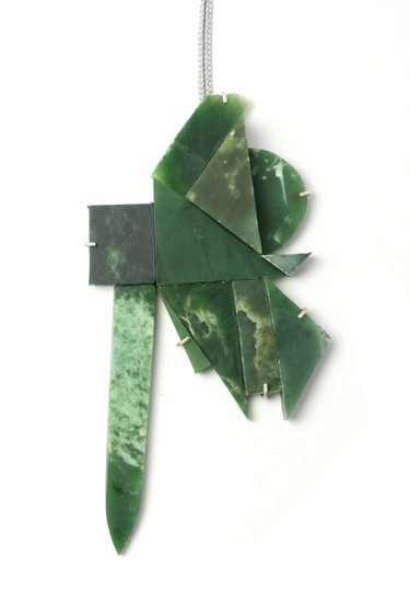 Lisa Walker Pendant 2016. Pounamu, silver. Courtesy of Galerie Biro, Munich